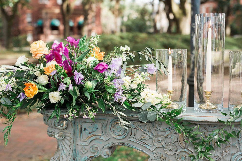 vintage-mantel-ceremony-altar-savannah-wedding
