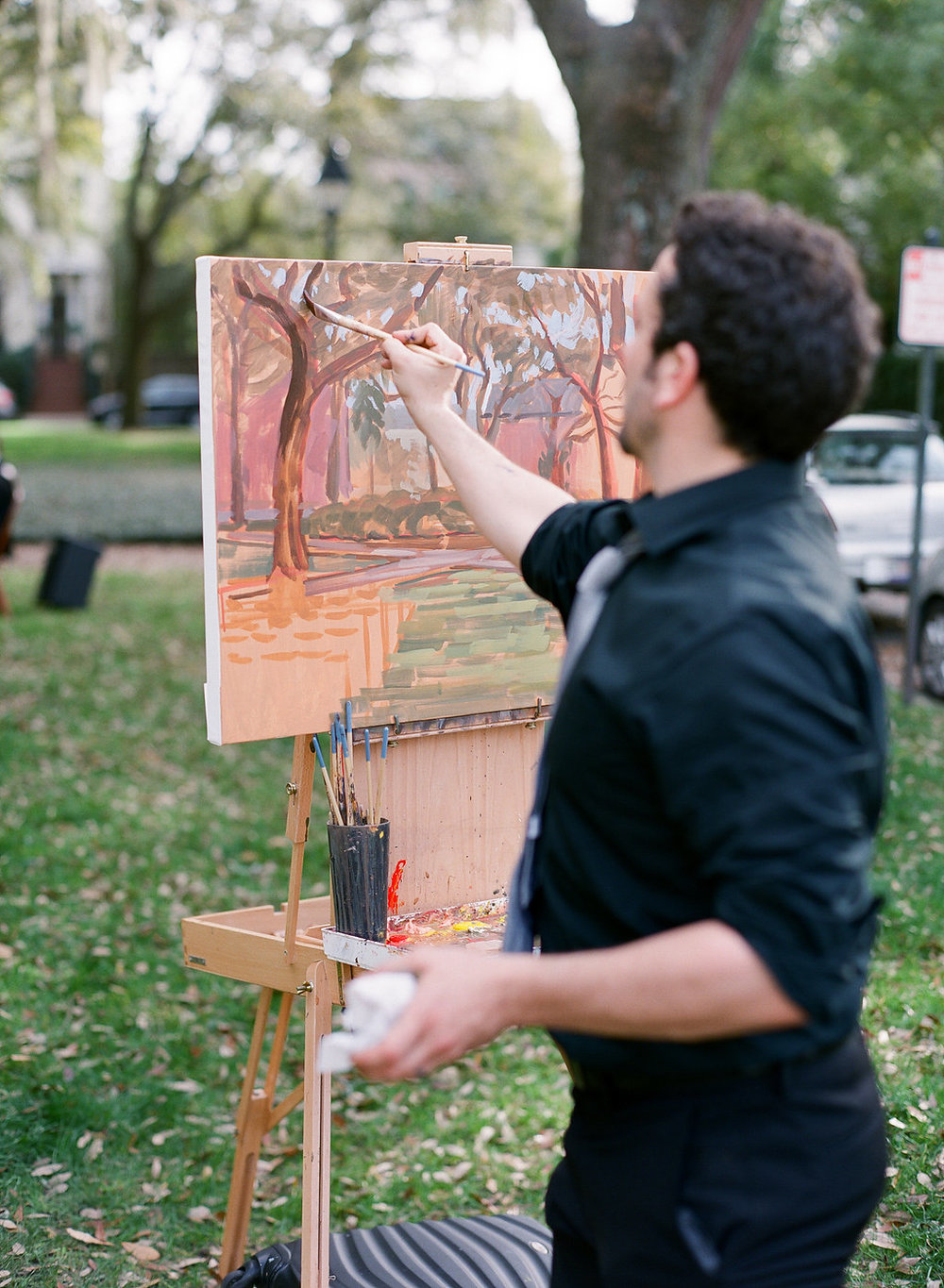 Live Wedding Painter, Ben Keys, capturing Savannah wedding ceremony at Pulaski Square.