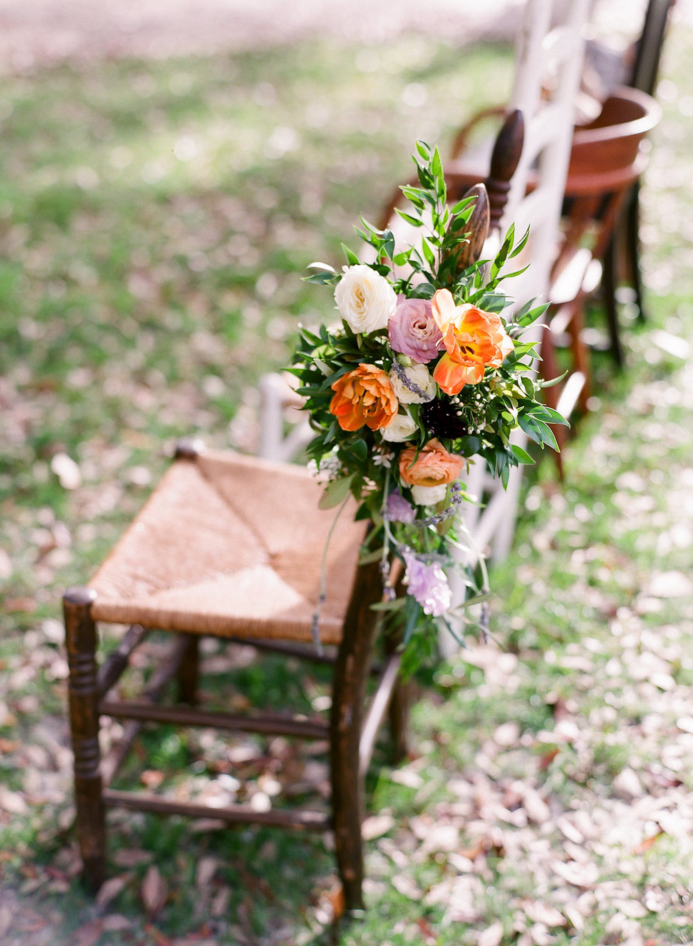 vintage-ceremony-chairs-southern-savannah-wedding