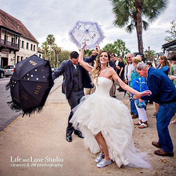 saint-augustine-wedding-historic-downtown-treasury-on-the-plaza