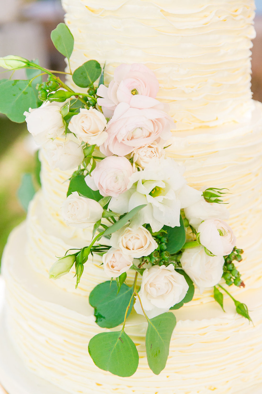 declare-cakes-charleston-sc-wadmalaw-island-wedding