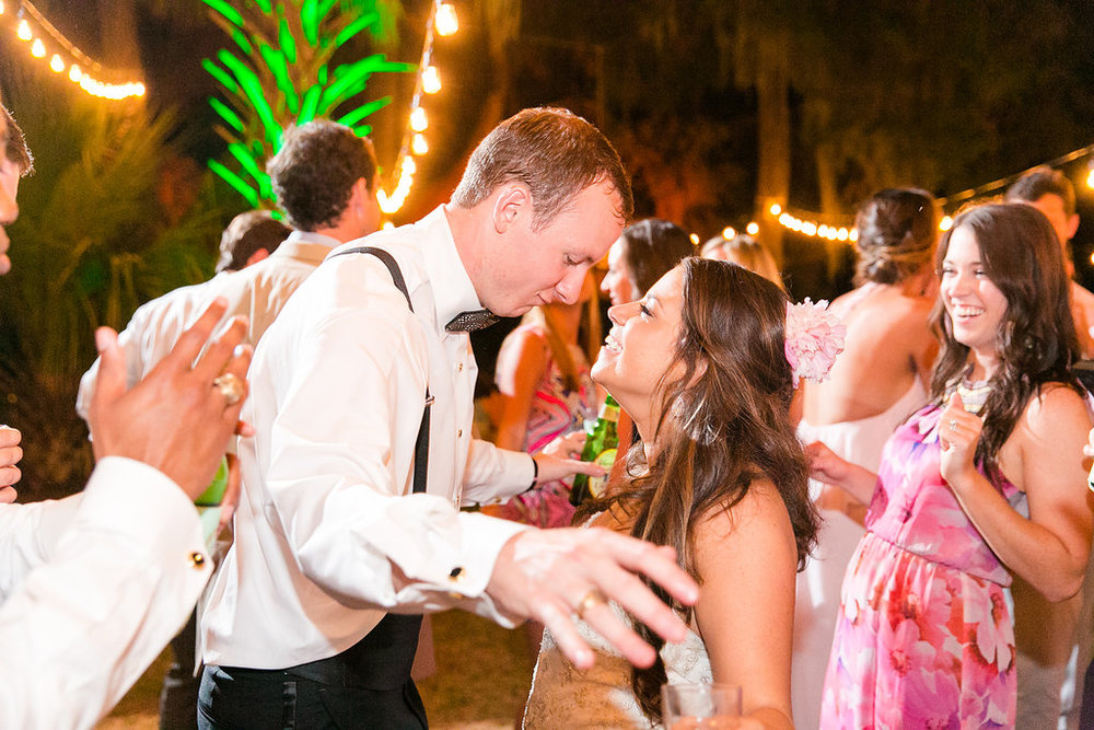 southern-backyard-wedding-reception-charleston-wadmalaw-island-wedding