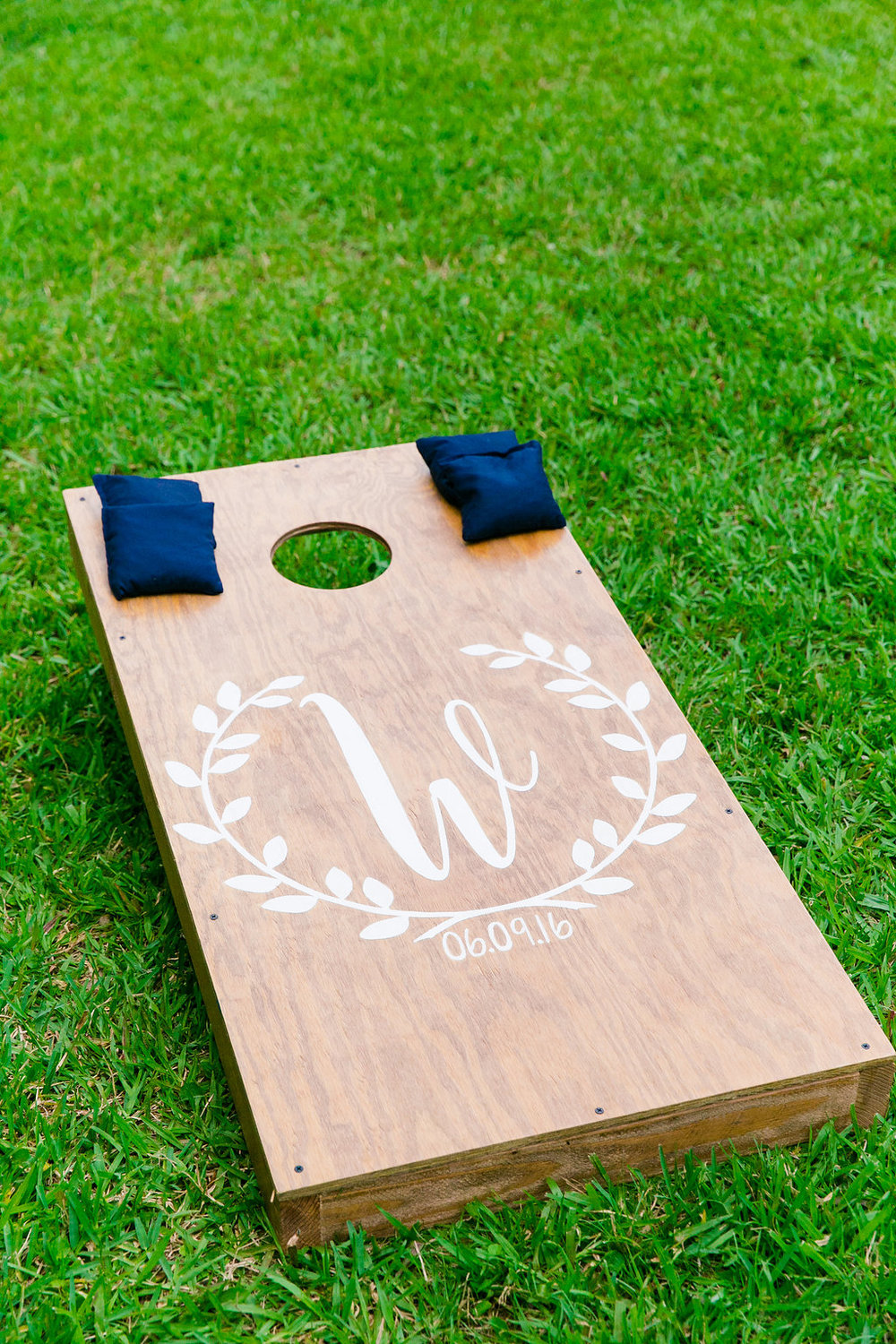 monogrammed-yard-games-navy-bean-bag-toss