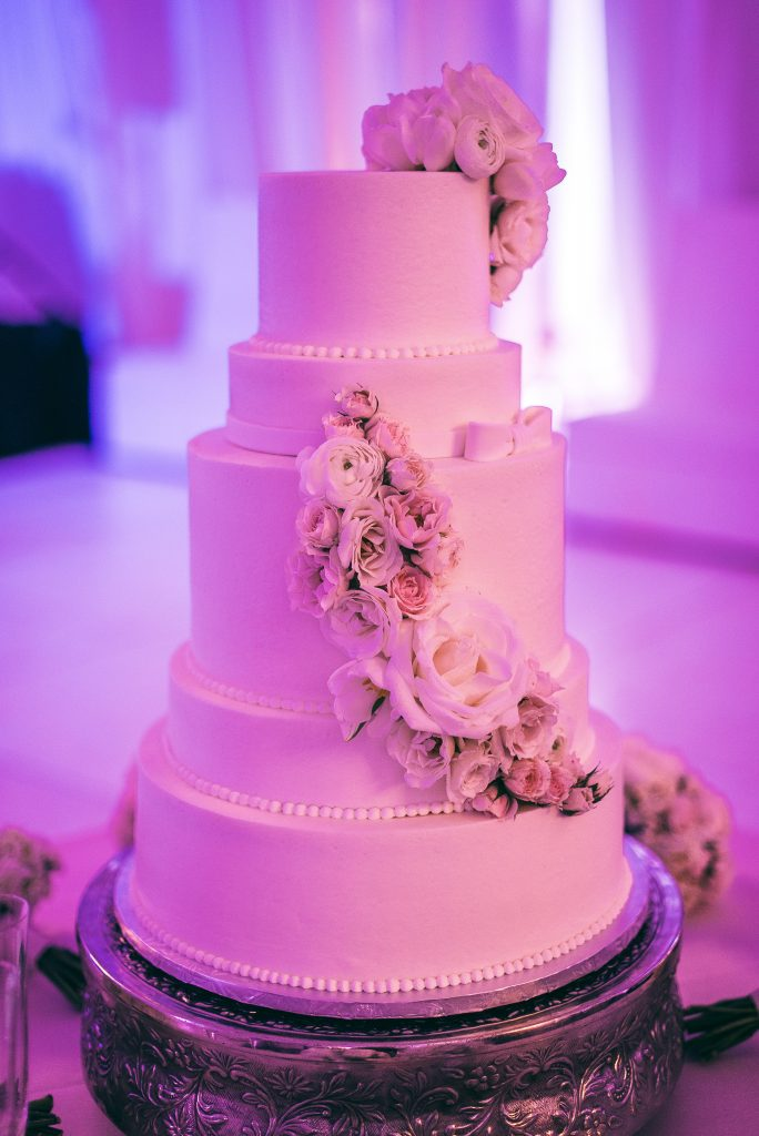 jacksonville-nc-jacksonville-country-club-wedding-cake