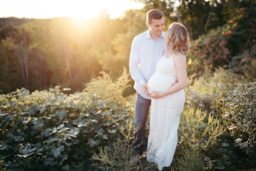 natural earthy maternity photos-83.jpg