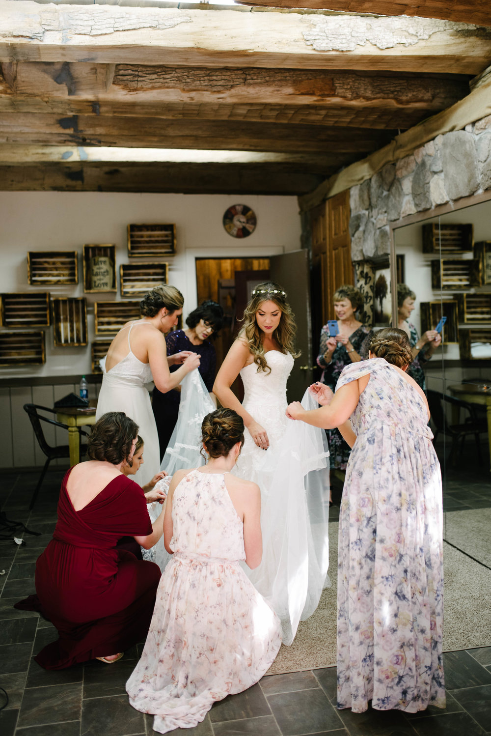 the hayloft wedding photos-14.jpg