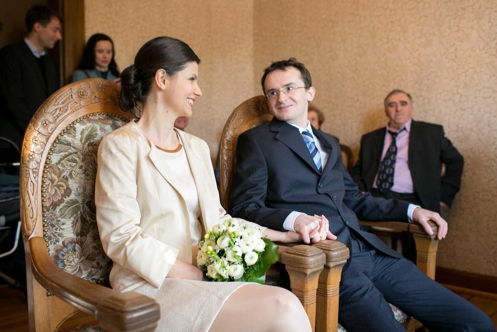 Berlin_Hochzeitsfotografie_Standesamt_Charlottenburg-24.jpg