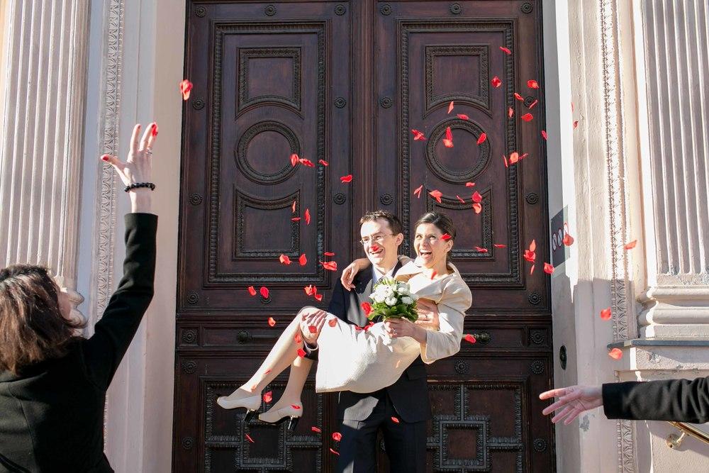 Berlin_Hochzeitsfotografie_Standesamt_Charlottenburg-72.jpg