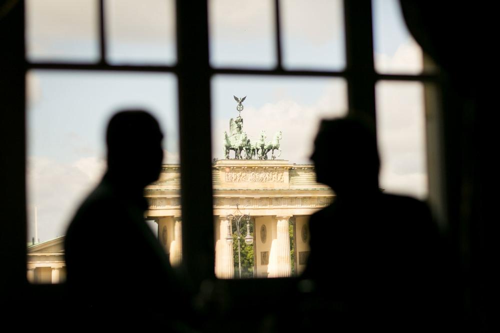 Fran Burrows Hochzeitsfotografie Berlin_Hotel Adlon-57.jpg