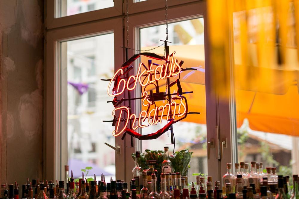 Michelberger Hotel Berlin Hochzeitsfotografie_Fran Burrows Fotografie-85.jpg