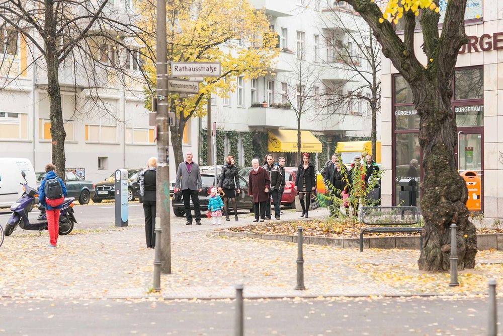 Fran Burrows Hochzeitsfotografie Berlin_Lichtenberg Standesamt-4.jpg