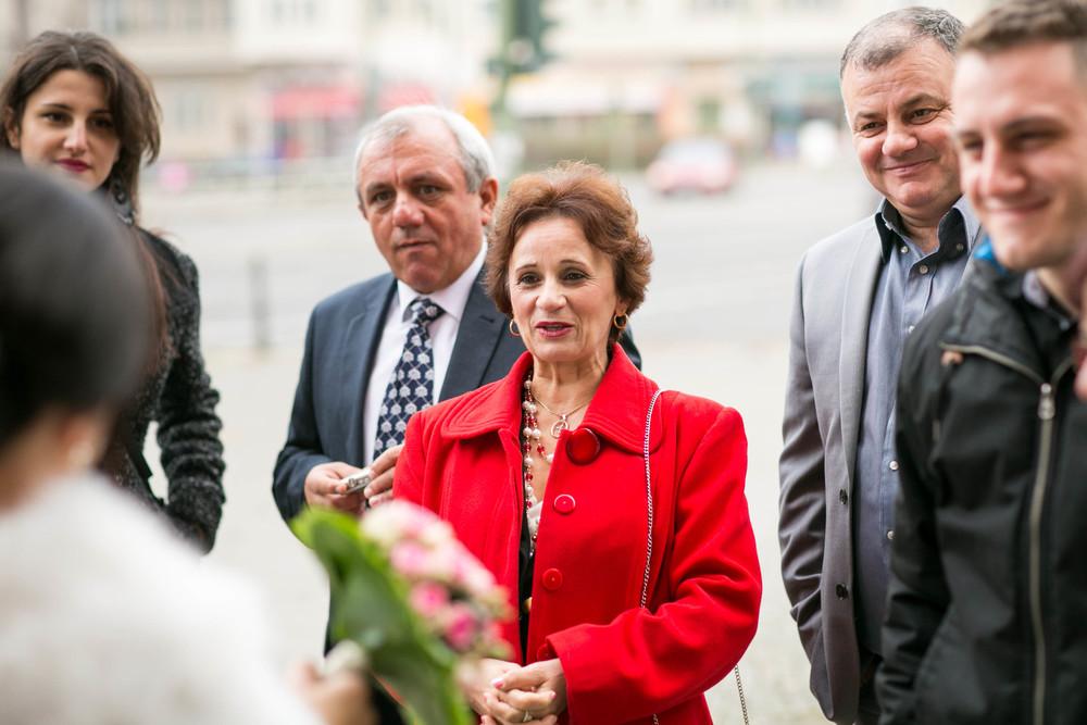Fran Burrows Hochzeitsfotografie Berlin_Lichtenberg Standesamt-12.jpg