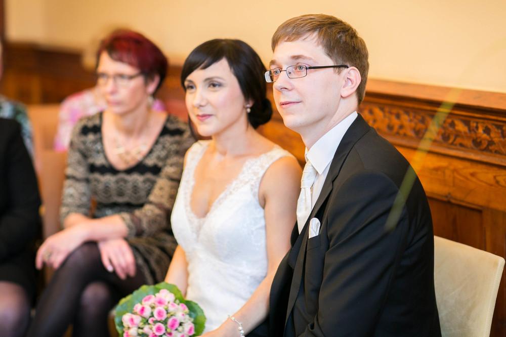 Fran Burrows Hochzeitsfotografie Berlin_Lichtenberg Standesamt-22.jpg