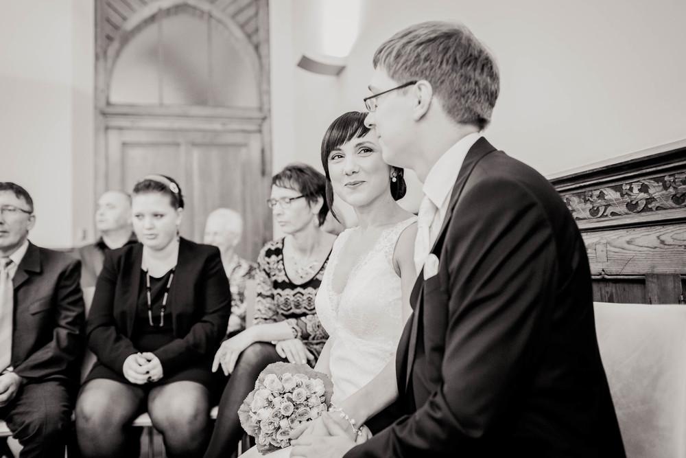 Fran Burrows Hochzeitsfotografie Berlin_Lichtenberg Standesamt-20.jpg