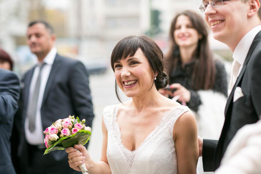 Fran Burrows Hochzeitsfotografie Berlin_Lichtenberg Standesamt-31.jpg