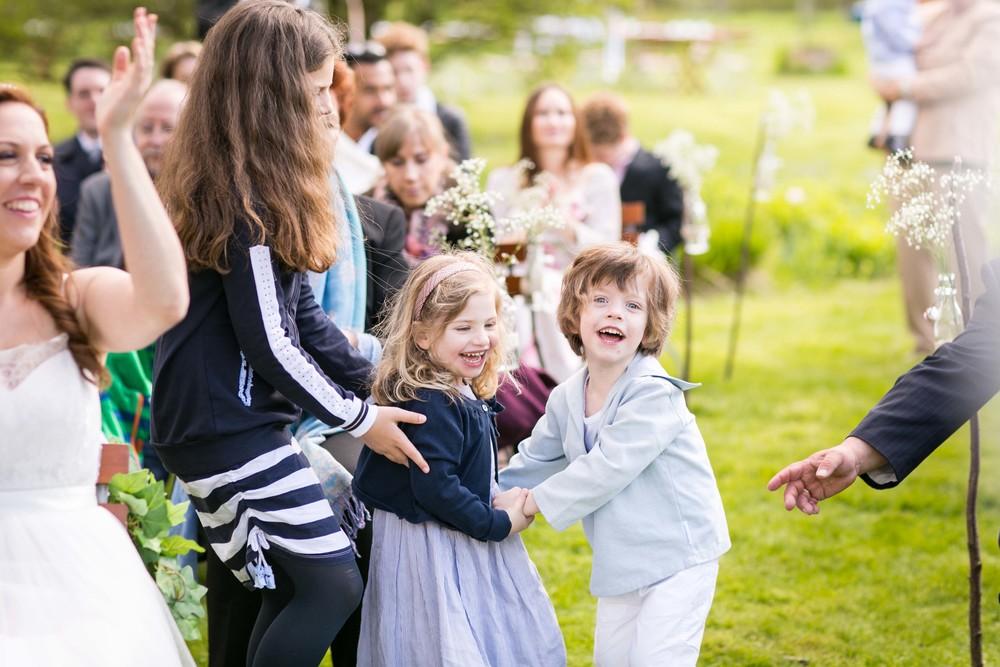 Berlin Hochzeitsfotografin Gartenglueck Wegendorf Hochzeitsreportage-60.jpg