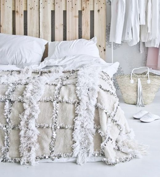 where would you style the moroccan wedding blanket?