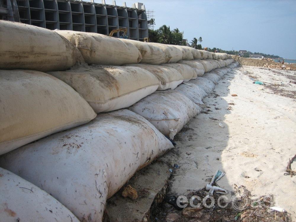 ecocoast_geobags_geotubes_5.JPG