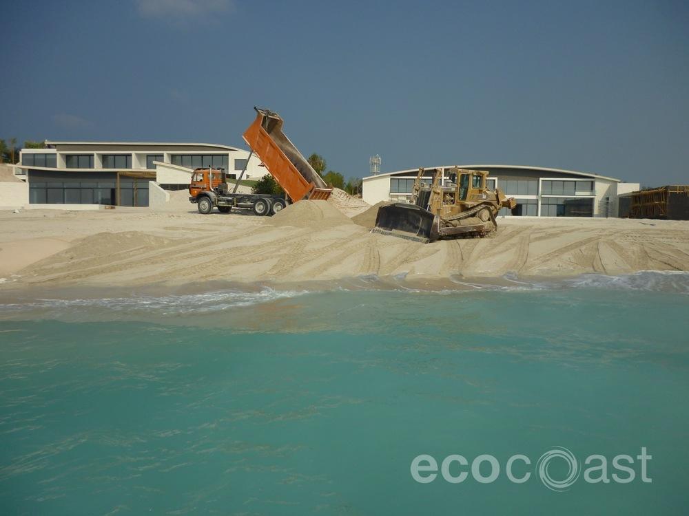 ecocoast_beach_1.JPG