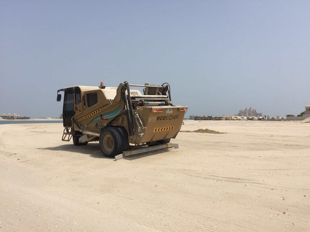 Beach Cleaner (Cherrington 5500) - 3.jpeg