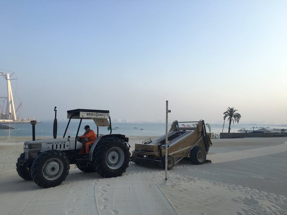 Beach Maintenance & Cleaning, DoubleTree by Hilton, September 2016 - 4.JPG