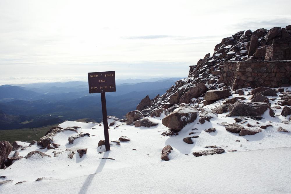 hiking mount evans co