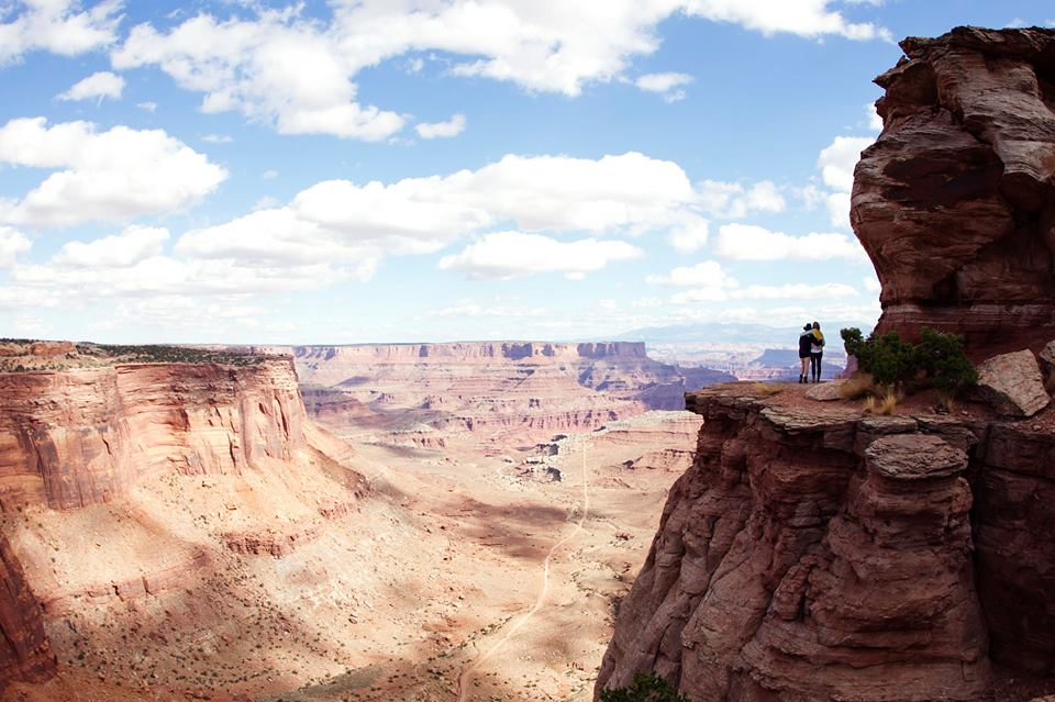 epic-cliffs-canyonlands