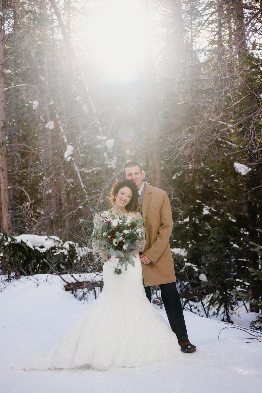 winter-wedding-portraits