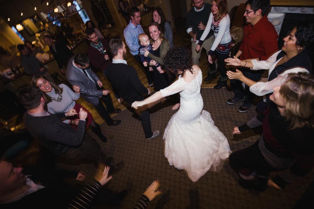 wedding-reception-at-airbnb