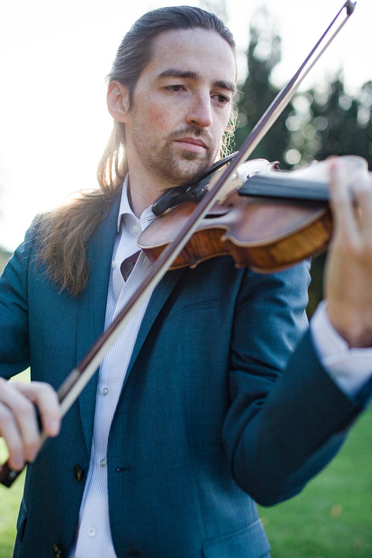 violinist portrait.jpg