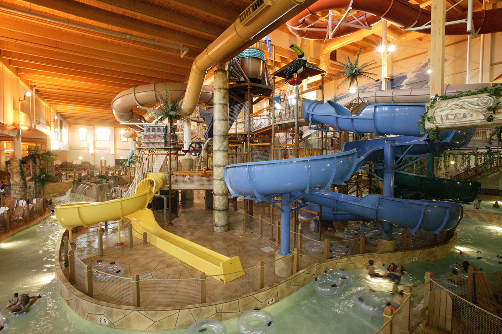 80,000 Square Foot Indoor Waterpark