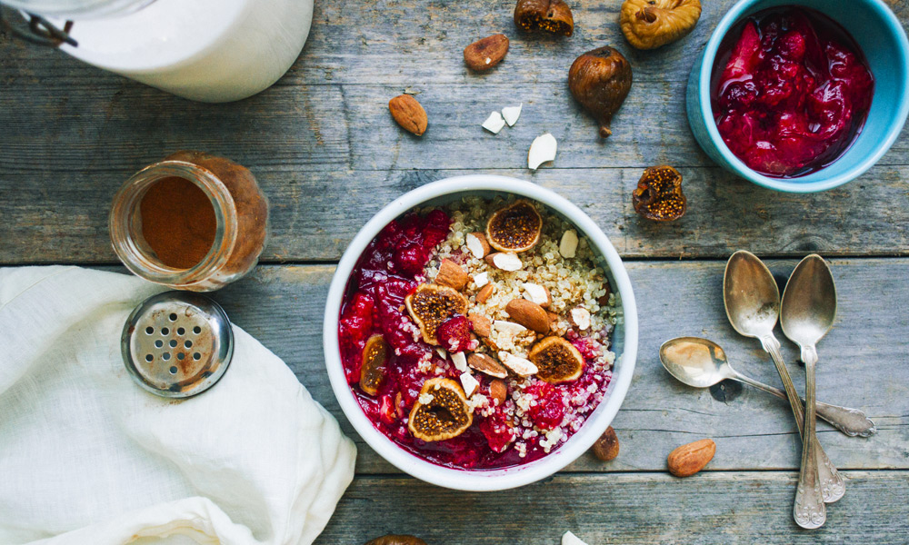 QUINOA BREAKFAST BOWL — IN THE MAKING BY BELÉN