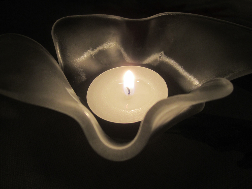 small blossom candle 1.jpg