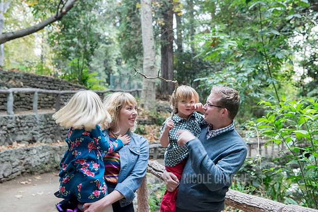 outdoor-family-photos-in-los-angeles.jpg