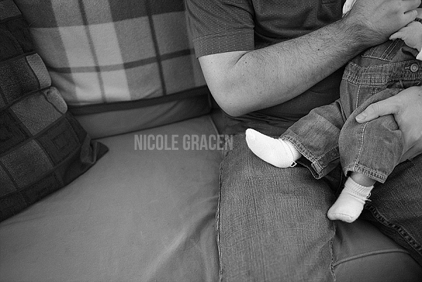 documentary-newborn-photography (31).jpg