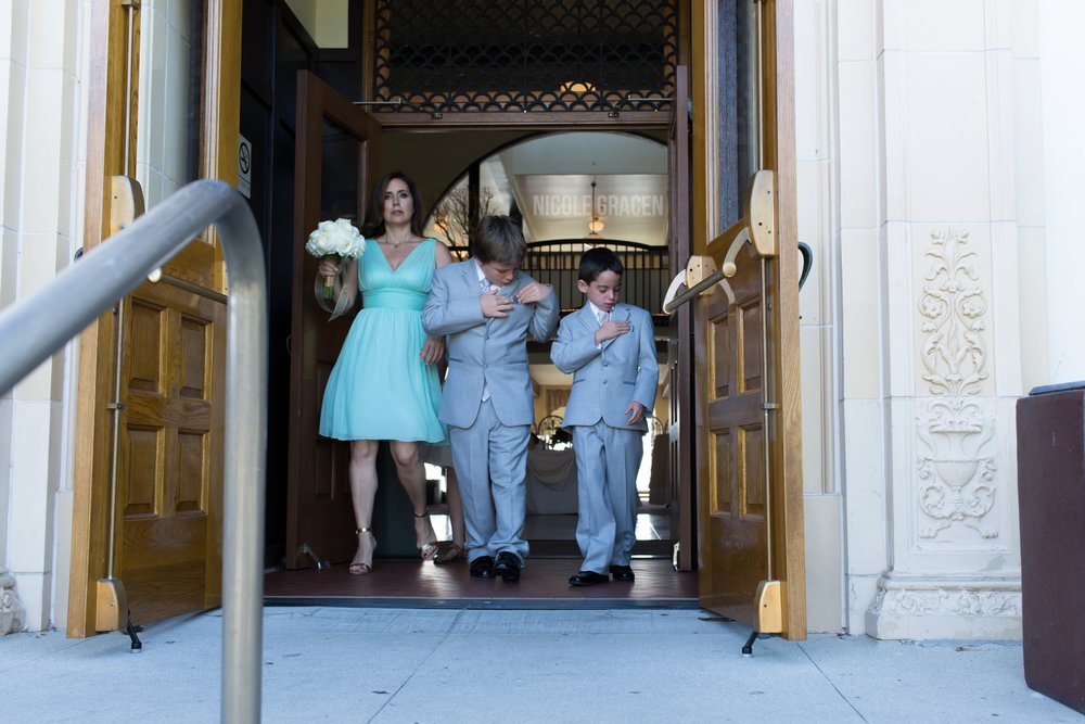 nicole-gracen-photography-los-angeles-documentary-wedding-photography-redondo-beach-library_0011.jpg