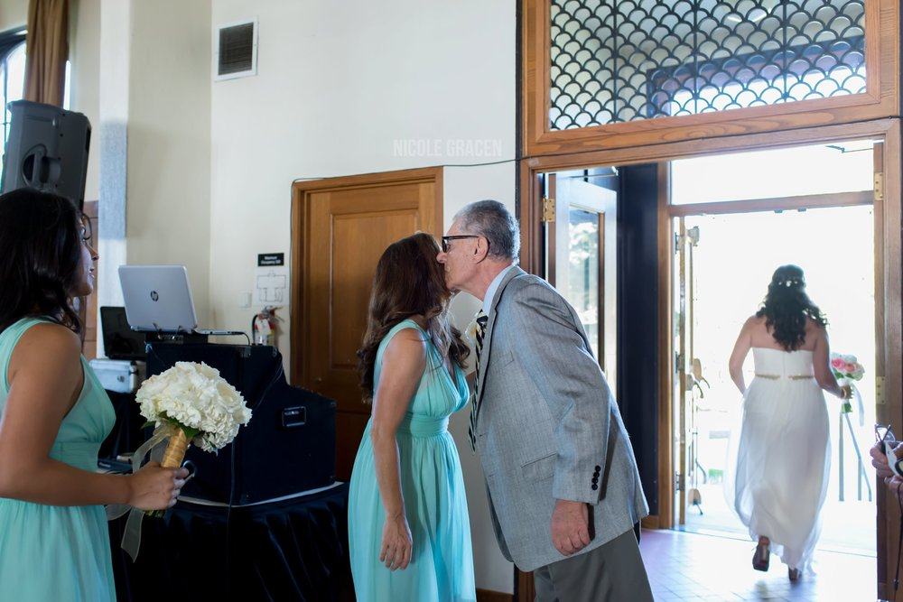 nicole-gracen-photography-los-angeles-documentary-wedding-photography-redondo-beach-library_0016.jpg