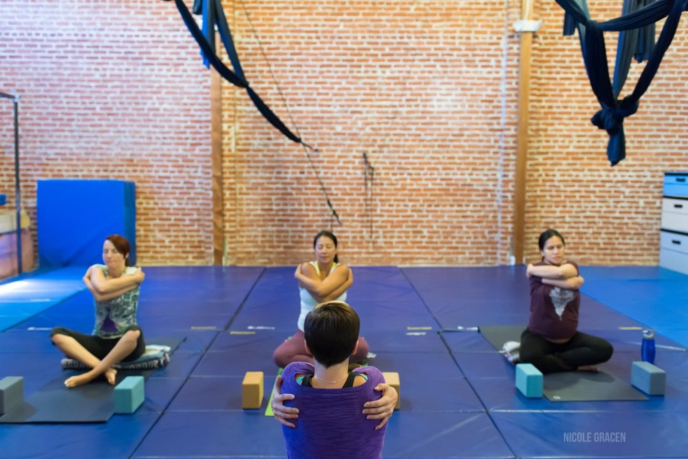 erin-haynes-yoga-los-angeles-kinship-yoga_0002.jpg