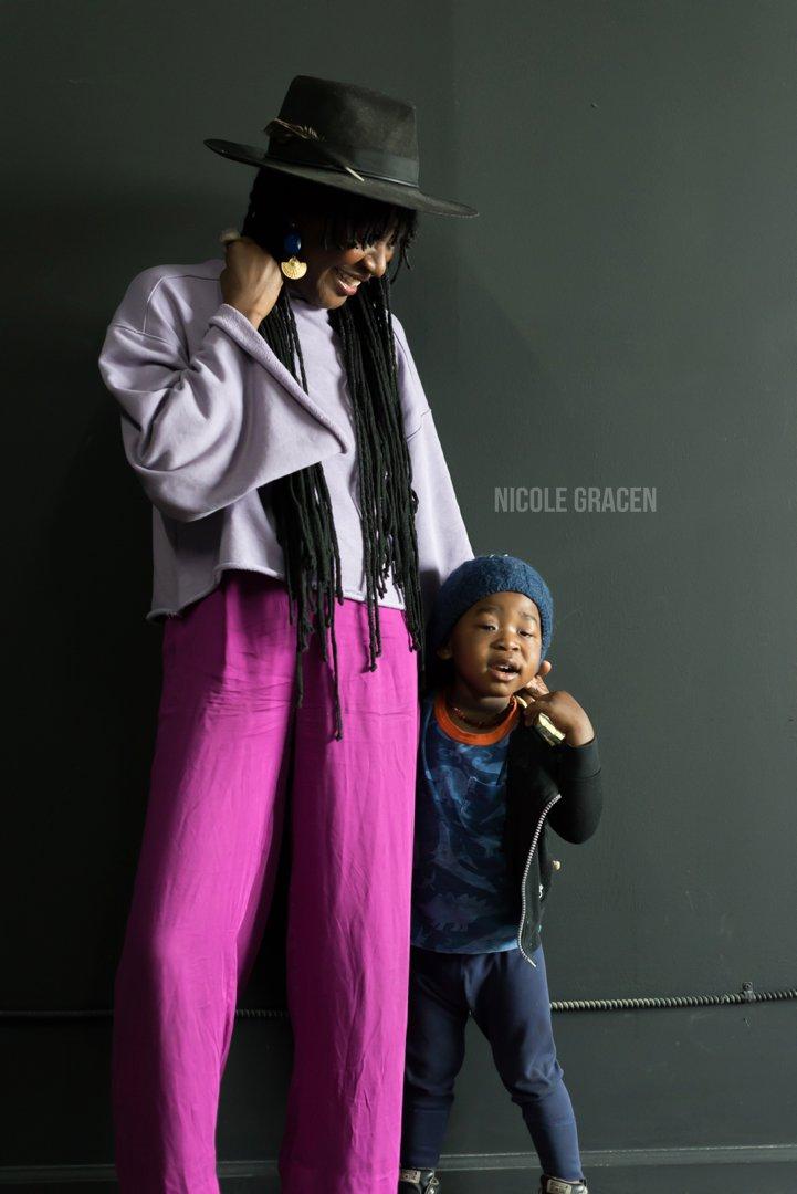 Portraits in Motherhood   Nicole Gracen