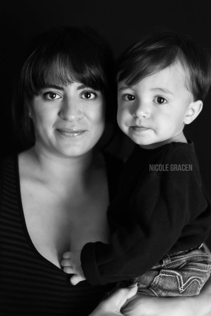Motherhood Photography   Nicole Gracen