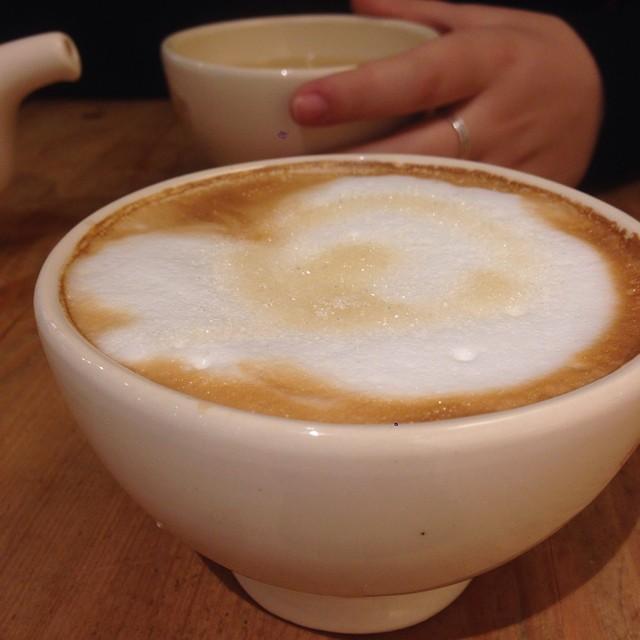 Daily fix #coffee #cappuccino #lepainq #eeeeeats #coffeeeee #breakfastforlunch