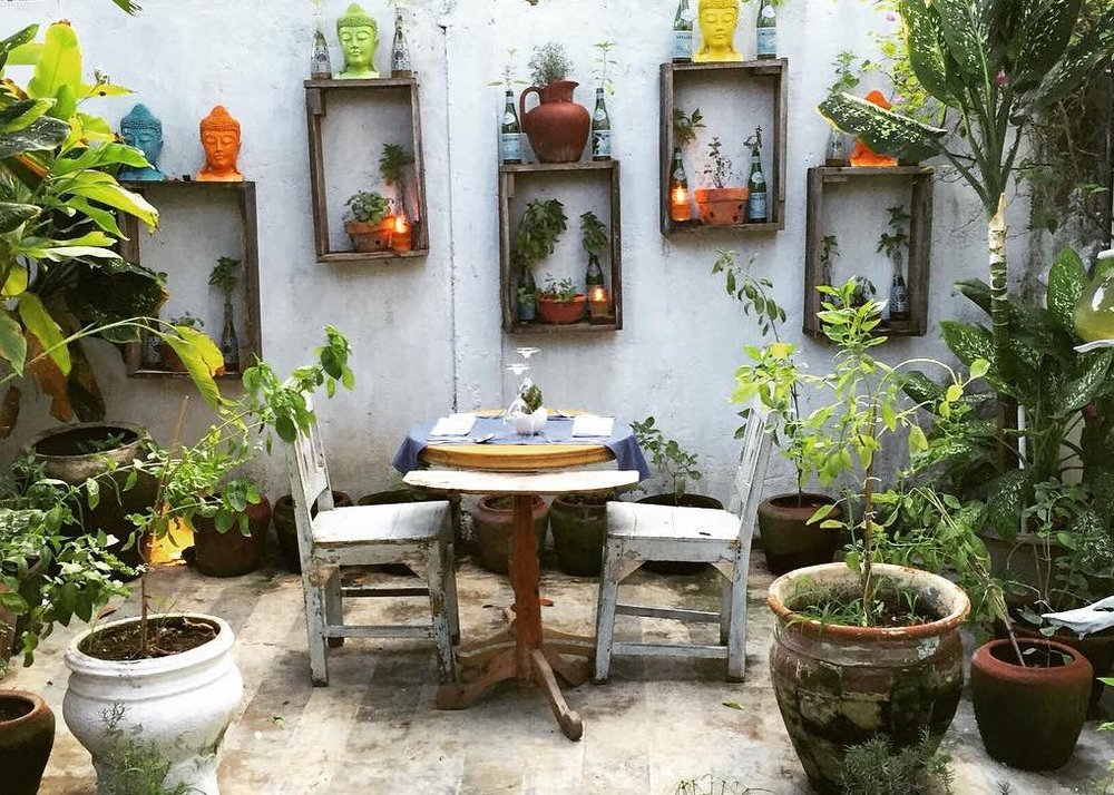 zibiru-cucina-italiana-seminyak-bali-garden-dining-photo-by-balibeatnik.jpg