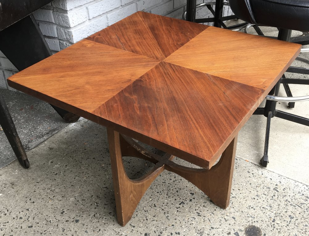 Broyhill Brasilia Square Top End Table