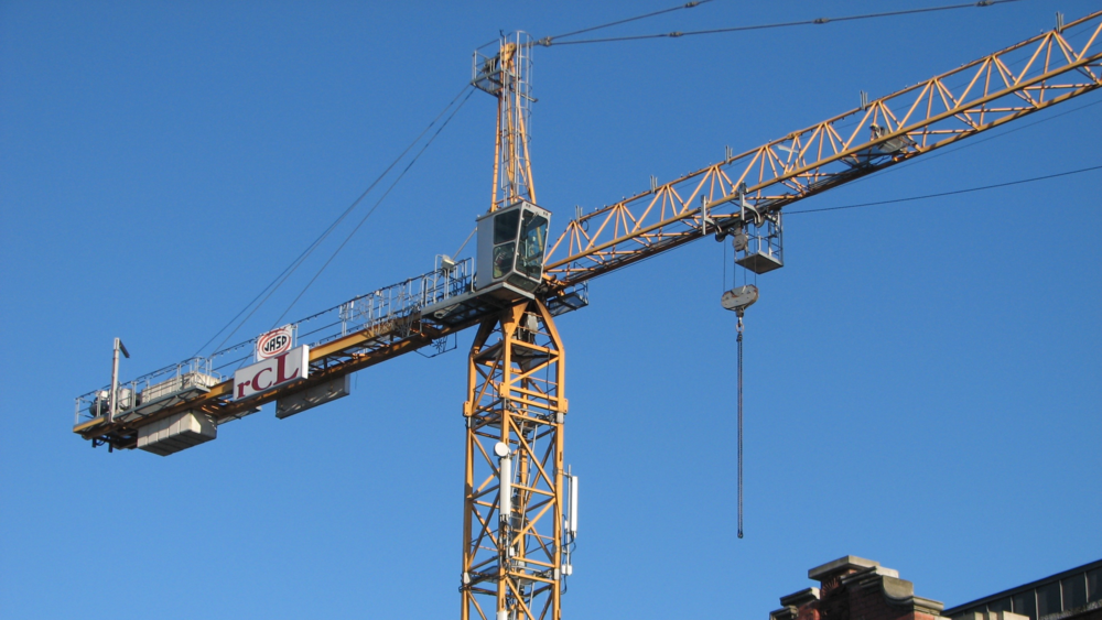 Tower crane  Image: Wikimedia