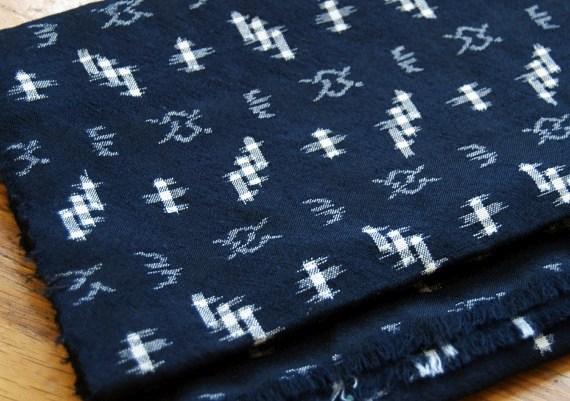 Indigofärgat tyg var en gång i tiden Tokushimas stora grej. Det färgas även nuförtiden, men mera som hobby än som industri.