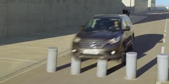 Mycket jobb bakom en reklamfilm.. här en ny från Honda med häftiga optiska effekter.
