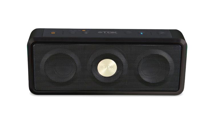 Idag behöver liten högtalare inte betyda litet ljud. TDKsTREK Max.