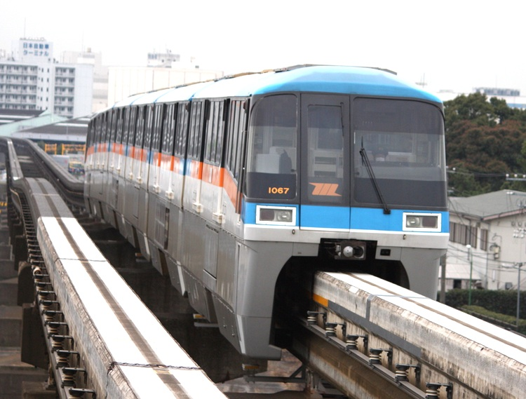 Tokyos monorail-linje är ett smidigt sätt att ta sig mellan innerstan och Hanedas flygplats.
