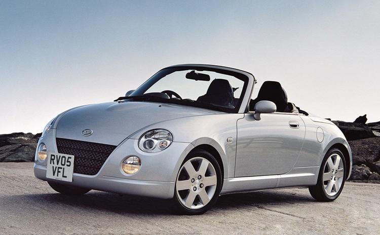Daihatsu Copen finns både som cabriolet och som hardtop.