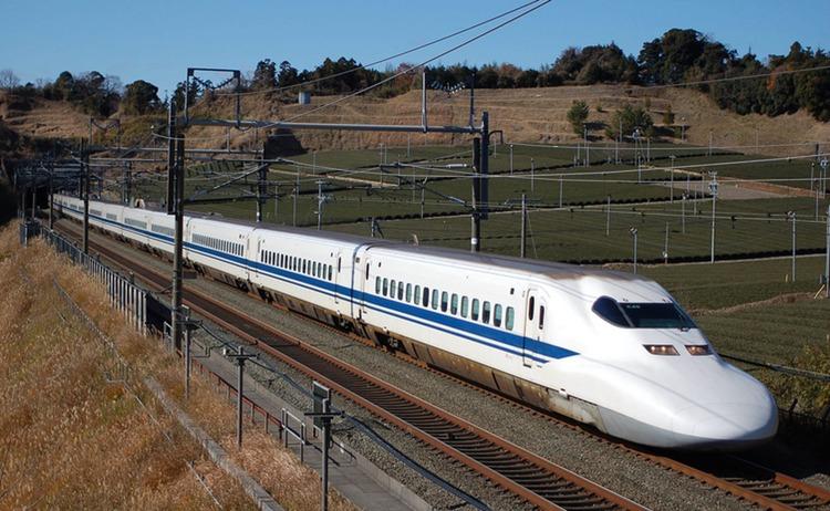 Två tragiska dödsfall på samma Shinkansen-tåg i måndags - de första någonsin, men inte orsakade av problem med tåget utan av en deprimeradmänniskas självmord.  Foto: Wikimedia Commons